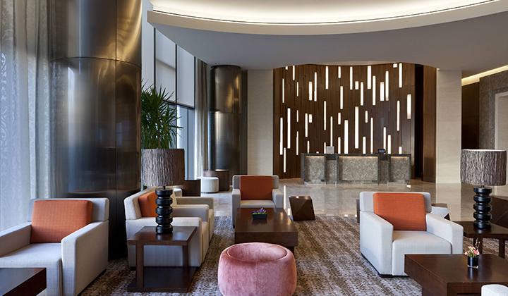호텔 가장 높은 41층에 위치한 로비  ©쉐라톤 서울 디큐브시티 호텔l