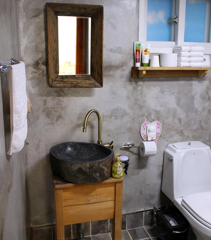 욕실마저 멋스러운 홍시