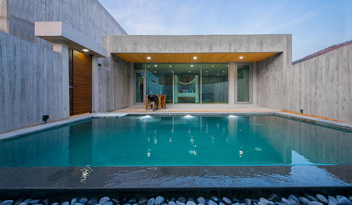 각 객실마다 갖춰져있는 헤리티스 풀빌라의 개인 수영장
